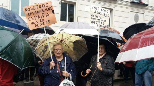 Manifestacion-Gobierno-pensiones-Congreso-Diputados_EDIIMA20180301_0356_27